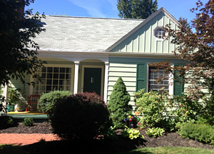 Here is the greater Lansing Michigan area home after Full Color Painting finishes refreshing the paint and home siding